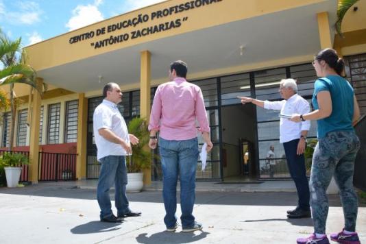 Inova Prudente e construtora definem detalhes das obras de reforma da fundação